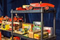 30ème Salon du jouet ancien et de collection de Betton (35) - Stand de jouets mécaniques