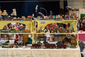 30ème Salon du jouet ancien et de collection de Betton (35) - Stand de jouets mécaniques américains