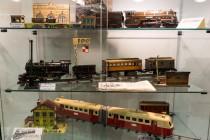 30ème Salon du jouet ancien et de collection de Betton (35) - présentation de trains JEP