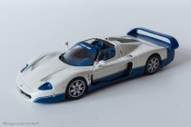 Maserati MC12, version route - IXO Models