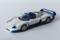Maserati MC12, version route - IXO Models