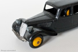 Citroën Traction Avant 11 de 1946 - Dinky Toys 24N - 1er type,  variante n°3