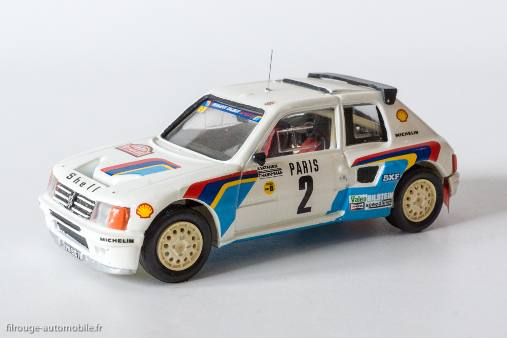 une voiture une miniature peugeot 205 turbo 16 de 1985 filrouge automobile. Black Bedroom Furniture Sets. Home Design Ideas