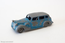Dinky Toys 24P - Packard Eight Sedan - moule anglais, socle français