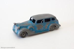 Dinky Toys 24O - Packard Eight Sedan
