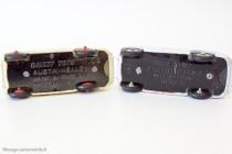 Austin-healey 100 - Dinky Toys français Réf. 546 et anglais Réf. 109 - les deux types de plancher