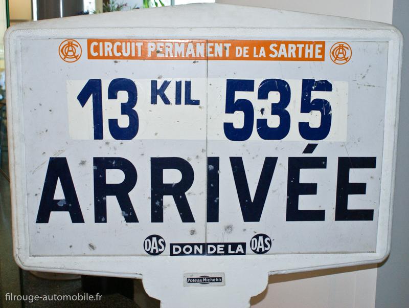 Musée des 24 Heures - Circuit de la Sarthe - Ancien panneau kilométrique