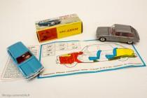 Dinky Toys réf. 537 - Renault 16, sur dépliant Renault