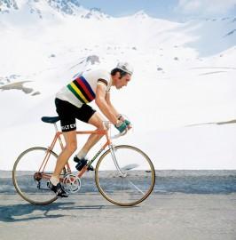 Dauphiné Libéré 1975, Eddy Merckx, la course en tête - expo 70 ans Merckx - Ickx / crédit organisateur