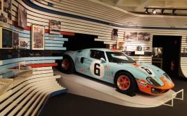 Gord GT 40 Le Manns 1969 de Jacky Ickx  - expo 70 ans Merckx - Ickx / crédit organisateur