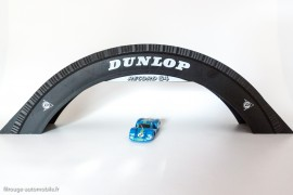 Passerelle Dunlop - Jouef Record 64 réf. 380 avec Matra 630 Dinky Toys 1425 - Echelles compatibles
