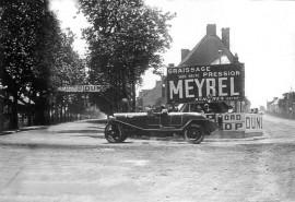 24 Heures du Mans, première passerelle Dunlop en 1923 (crédit ACO)