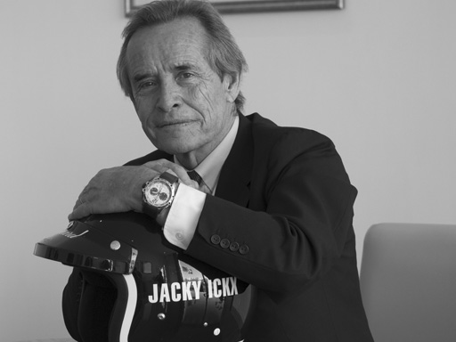 Jacky Ickx avec la montre Chopard Superfast Chrono Porsche 919 Jacky Ickx édition (photo Chopard)