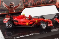 Ferrari F2007 - Coffret Hot Wheels commémoratif avec la F1 de Raïkkönen