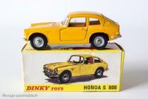 Dinky Toys 1408 - Honda S800 coupé
