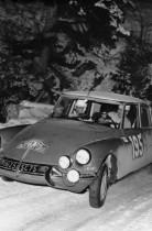 Pauli Toivonen sur Citroën DS vainqueur du Rallye de Monte Carlo 1966