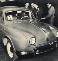 Renault Dauphine 1956, le premier modèle de série