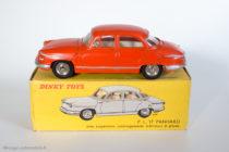 Panhard PL 17 - Dinky Toys réf. 547 - 3ème variante