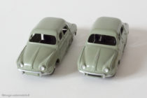 Renault Dauphine - Dinky Toys 24 E - variante n°1 et n°2 - Plaques minéralogiques différentes