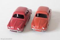 Renault Dauphine - Dinky Toys 24 E - variante n°1 et n°2 - Plaques minéralogiques différentes - rouge framboise et rouge brique