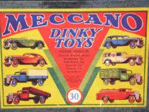 Coffret véhicules à moteur Dinky Toys rèf. 30 avant guerre - crédit Auto Jaune Blog