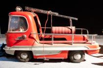 Voiture pompier de manège - années 1960