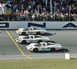 Arrivée des 24 Heures de Daytona 1968 - 1ère victoire Porsche (907)