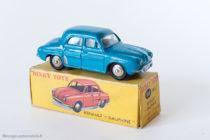 Dinky Toys 24E : 524 - Renault Dauphine - avec vitres, bleu Bobigny