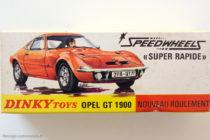 Opel GT 1900 Dinky Toys - boite illustrée par Michel Jouin