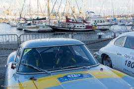Tour Auto Optic 2000 de 2017 - Ferrari 250GT et Porsche 356 B devant le port de St Malo