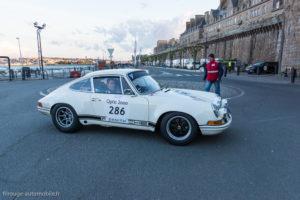 Tour Auto Optic 2000 de 2017 - Porsche 911 ST au pied des remparts de St Malo