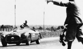 Ferrari 166 MM - Vainqueur des 24h du Mans 1949 - L'arrivée (Photo d'époque)