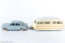Dinky Toys - Caravane réf. 811 accrochée à la Peugeot 403 réf. 24 B