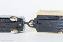 Peugeot 403 - Dinky Toys réf. 24 B - avec découpe pour remorquage
