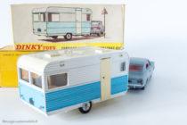 Dinky Toys - Caravane Caravelair Armagnac réf. 564 accrochée à l'Opel Rekord réf. 1405 comme illustré sur la boite