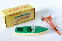 Canot à moteur Healey sport sur remorque - Dinky Toys Angleterre réf. 796