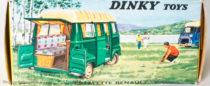 Boite Renault Estafette camping Dinky Toys - illustration de paysage de camping