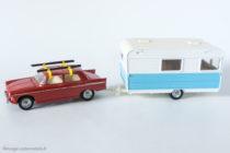 Dinky Toys - Caravane Caravelair Armagnac réf. 564 accrochée à la Peugeot 404 réf. 536