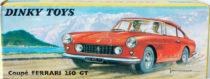 Boite Ferrari 250 GT Dinky Toys - illustration de paysage de lac et montagne