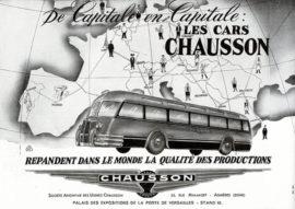 """Publicité des autocars Chausson, avec car """"nez de cochon"""""""
