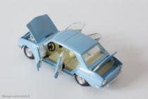 Peugeot 504 berline - Dinky Toys France réf. 1415