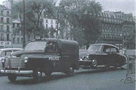 La Renault Colorale Police emmène la DS de C. De Gaulle le 22 août 1962