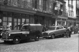 La Renault Colorale Police évacue une 403 (années 1960)