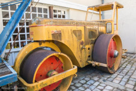 Rouleau compresseur Richier - ici au Manoir de l'automobile de Lohéac