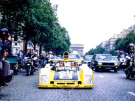 Renault Alpine A 442B - 1ère des 24 Heures du Mans 1978 - descente des Champs Elysées