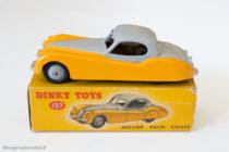 Jaguar XK 120 - Dinky Toys GB réf. 157, 2ème série bicolore