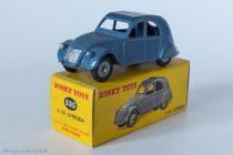 Citroën 2 CV A - Dinky Toys 535 - trois feux arrières : variante 5 roues concaves