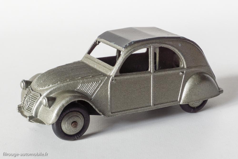 Citroën 2 CV A - Dinky Toys 24 T de 1952
