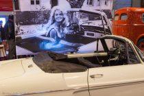 Renault Floride cabriolet et Brigitte Bardot