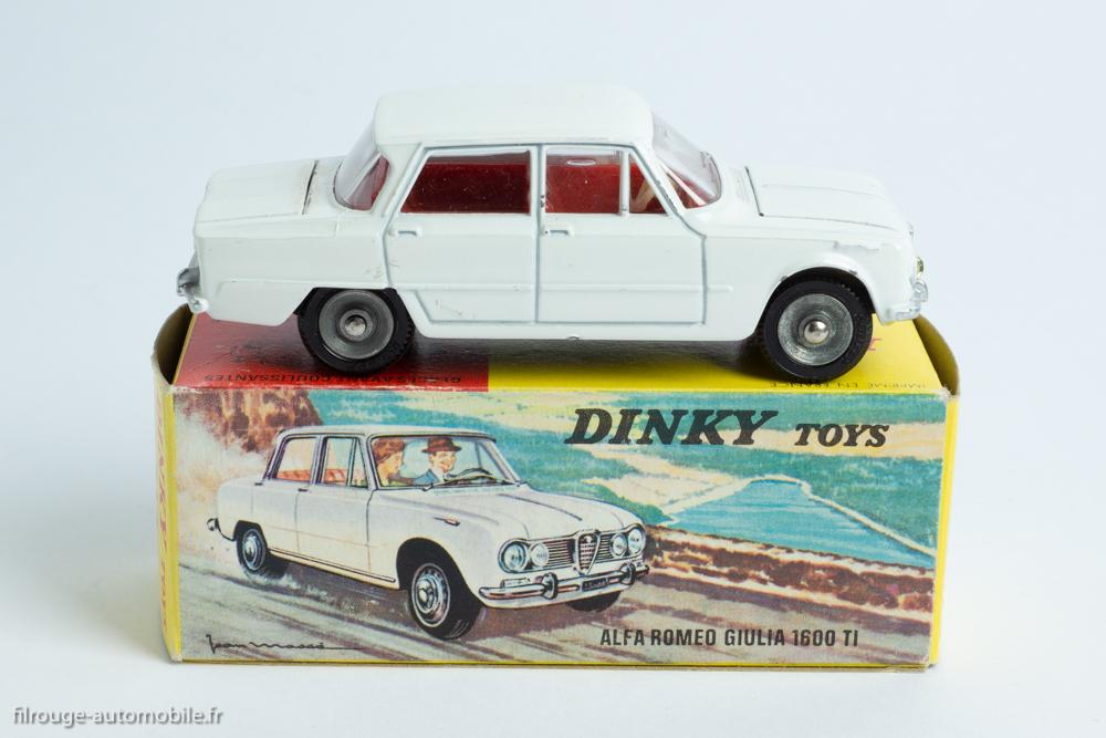 Dinky Toys réf. 514 - Alfa Roméo Giulia 1600 TI